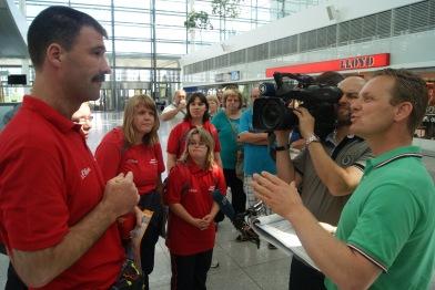 Interview des BR vor dem Flug nach LA foto alwin brenner by pv